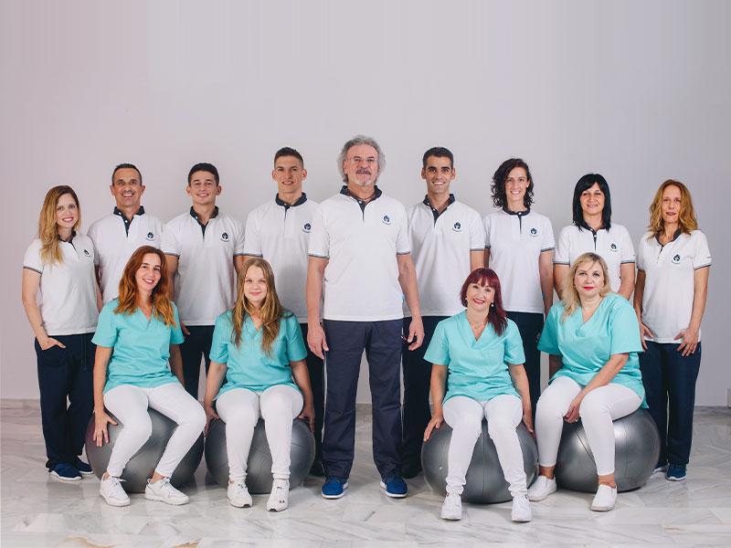 El equipo de fisioterapia, osteopatía, enfermería y medicina de la Clinica JJ Boscà